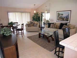 One bedroom condo in a golf/tennis/pool community - Palm Desert vacation rentals