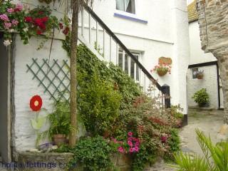 Myrtle Cottage - Myrtle Cottage -  Cornish fisherman's cottage - Mevagissey - rentals