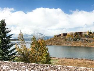 ON LAKE DILLON WITH A VIEW, 1 BDRM EAST BAY TWN HM - Dillon vacation rentals