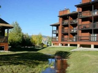 REMODLED, 1 BDRM, MOUNTAINSIDE CONDO (232H) - Frisco vacation rentals