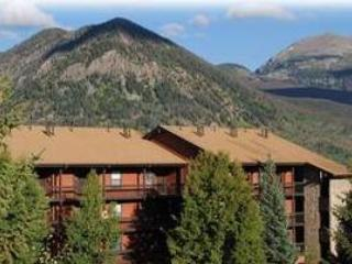 ATTRACTIVE 1 BDRM MOUNTAIN SIDE CONDO 239 - Frisco vacation rentals