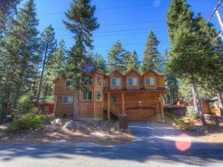 Comfortable 6 Bedroom, 4 Bathroom House in South Lake Tahoe - COH1669 - Twin Bridges vacation rentals