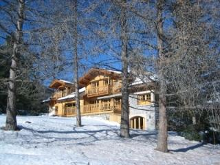 Chalet Soleil, Luxury 6 Bedroom Holiday Rental Serre-Chevalier, French Alps - Hautes-Alpes vacation rentals