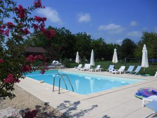 Chene Vert Cottage at 'Le Jardin des Amis' - Dordogne Region vacation rentals