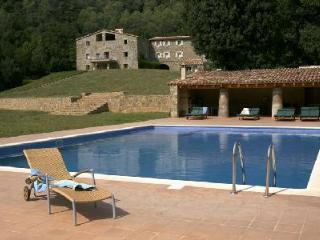 Can Jan- nestled in the Catalonian foothills on 500 acres, great for groups - Beuda vacation rentals