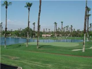 Palm Valley CC Nice Cozy Unit Close to Pool & Spa (V1442) - Image 1 - Palm Desert - rentals