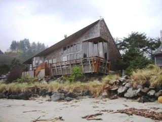 Neskowin Absolute Oceanfront! - Neskowin vacation rentals