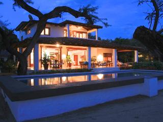 Priv. Beachfront House Gated Golf and Surf Resort - Tola vacation rentals