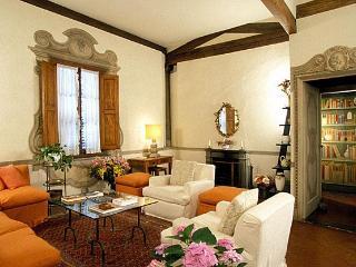 Palazzo Antellesi - Apt.  MIRAVISTA - Florence vacation rentals
