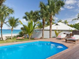 Lovely villa on Flamands Beach just a few steps from the water WV VMG - Toiny vacation rentals