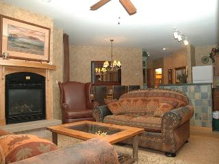 Ski in Ski out Riverside building three bedroom at the Zephyr Mountain Lodge. - Winter Park vacation rentals