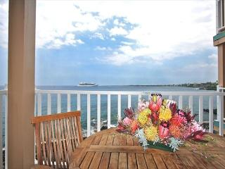 SV4205 $119.00 special May-July! 2 BEDROOM DIRECT OCEANFRONT!!! - Kailua-Kona vacation rentals