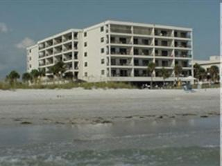 Madeira Norte Condominium 312 - Madeira Beach vacation rentals