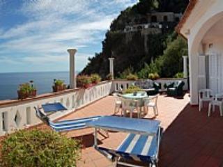 Appartamento Annarosa C - Praiano vacation rentals