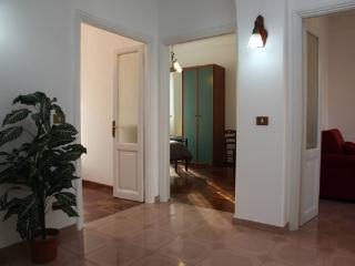 CR499 - Trastevere, Via Ettore Rolli - Lazio vacation rentals