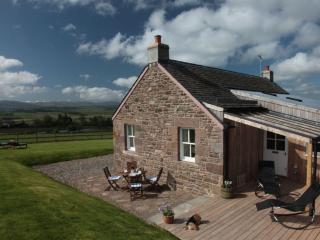 The Retreat, 5 Star Luxury, Tennis Court, Fishing - Auchterarder vacation rentals