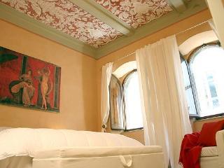 Elegant Vacation Rental in Cortona Tuscany, Moses - Cortona vacation rentals