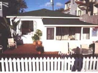 2656 Ocean Front Wk, Ocean Front Beach Cottage - Pacific Beach vacation rentals