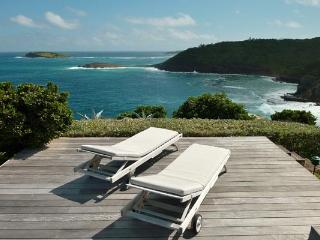 Delightful villa offering dramatic ocean views WV MBA - Pointe Milou vacation rentals