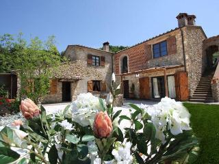 Luxury Villa in Chianti Pisano area, Pool, A/C - Casciana Terme vacation rentals