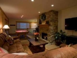 Gorgeous Rustic Park city, youll love it! - BEST VALUE IN PC,  Hot Tub, Pool Table, 3BD-3BA - Park City - rentals