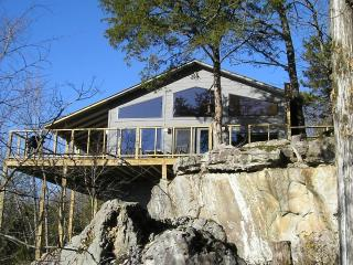 Beaver Lakefront Cabin - Upscale, Secluded Luxury - Arkansas vacation rentals