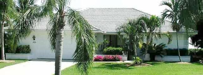 329 Nassau CT - Bay-like waterview, heated-pool & dock - private - Marco Island - rentals