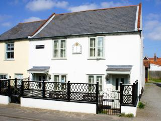 Self-Catering Holiday Cottage in Thorpeness - Thorpeness vacation rentals