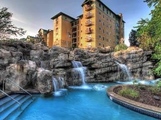 RiverStone Resort 4 Bedroom, 4 Bath Luxury Condo - Pigeon Forge vacation rentals
