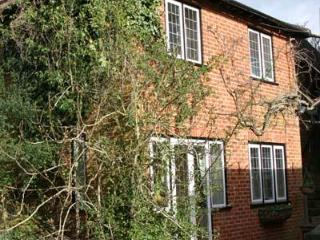 Thieves Garden - Serviced, Self Catering Apartment - Windsor and Maidenhead vacation rentals