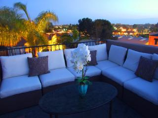 Cottage by the Beach, Cedros and Del Mar Racetrack - San Diego County vacation rentals