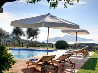 Apartment Olive in  Villa with swimming pool and panoramic view - Massa Lubrense vacation rentals