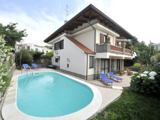 Villa Sara, Private Garden and Swimming Pool - Sant'Agata sui Due Golfi vacation rentals
