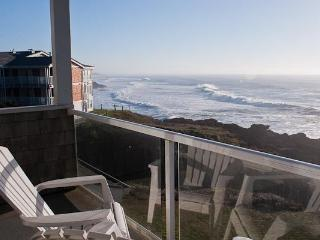 Luxury Oceanfront Condos/Single Bedroom/Hot Tub - Gleneden Beach vacation rentals