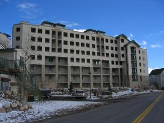 Up to 30% off  Lakepoint Towers on Lake Dillon - Frisco vacation rentals