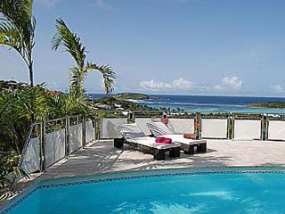 Beautiful villa with sensational view & fully-equipped kitchen WV LRV - Saint Barthelemy vacation rentals