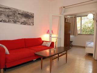 Mendele Mocher Sforim - Tel Aviv vacation rentals