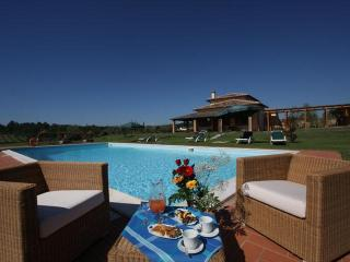 Elegant Villa in Cortona, Ideal for Large Groups and Weddings - Cortona vacation rentals