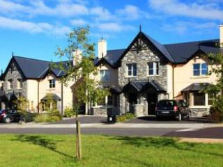Ardmullen -Spacious  3 Bed Townhouses near Kenmare - Kenmare vacation rentals