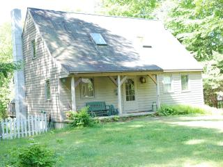 Enchanting Rockwood Pond Home -Peace and Privacy! - Fitzwilliam vacation rentals