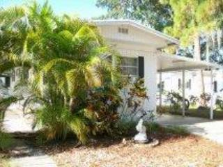 Clean and Comfortable in Bradenton, FL - BRADENTON-clean and comfortable - Bradenton - rentals