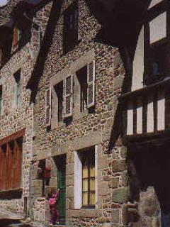 Charming 2 bedroom cottage - B002 - Image 1 - Dinan - rentals