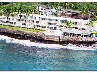 KMS209 $80.00 special all of May & June! DIRECT OCEANFRONT!!! - Kailua-Kona vacation rentals