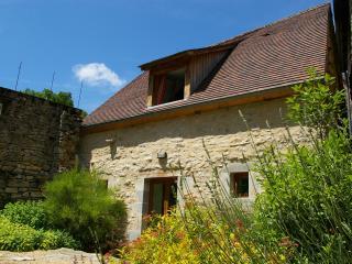 Quercy Stone Gite, Marcilhac-sur- Cele - Marcilhac-sur-cele vacation rentals