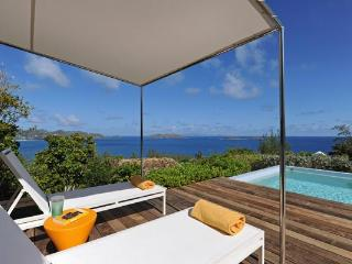 Quiet villa with infinite ocean views from three sides of house WV DKD - Pointe Milou vacation rentals
