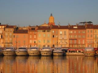St Tropez old town, charming apartment near beach - Saint-Tropez vacation rentals