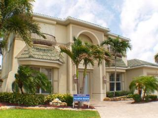 LOCATION, LOCATION! ASK ABOUT OUR MAY SPECIAL! - Cape Coral vacation rentals