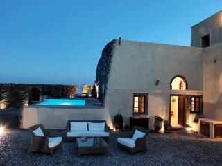 Mansion Kyani-Amazing Santorini villa-private pool - Santorini vacation rentals