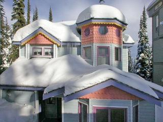 ALPENGLOW Main House - Silver Star Mountain vacation rentals