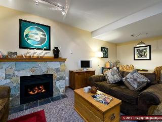 2 bedroom. 2 bathroom. Sleeps 7. Well equipped. Hot tub. Convenient. - Whistler vacation rentals